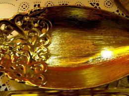 golden-porcelain-tray-