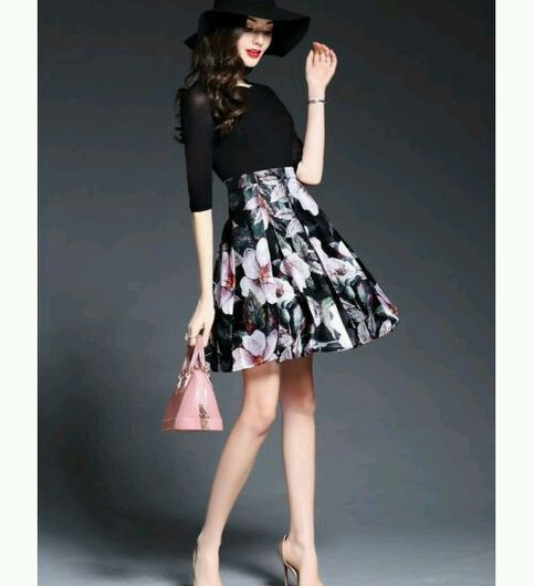 Classy Black Floral Print A Line Pleated Dress
