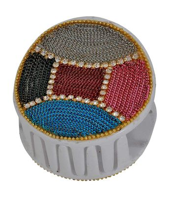 Dailywear Contemporary Hair Clutcher in Multicolour White for Office by Maayra