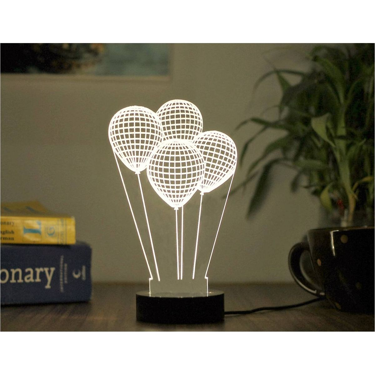 Lil Lamp 3D Balloon Design
