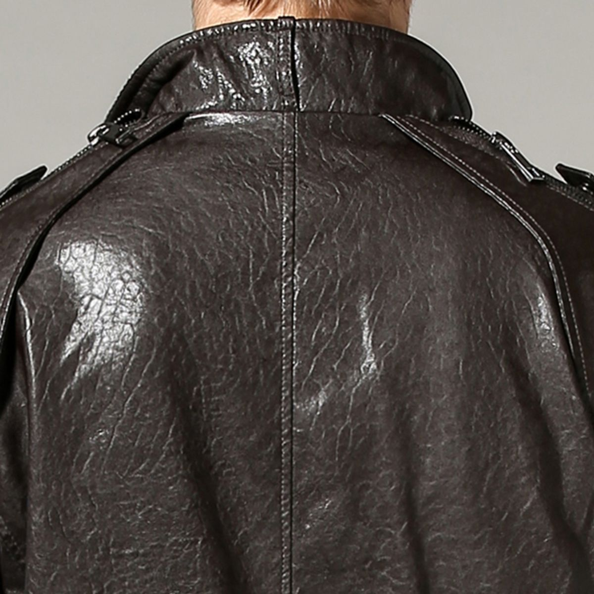 T26 - Italiano TUCCI Vintage Slim Fit Padding Style Designer Mens Pure Leather Jacket