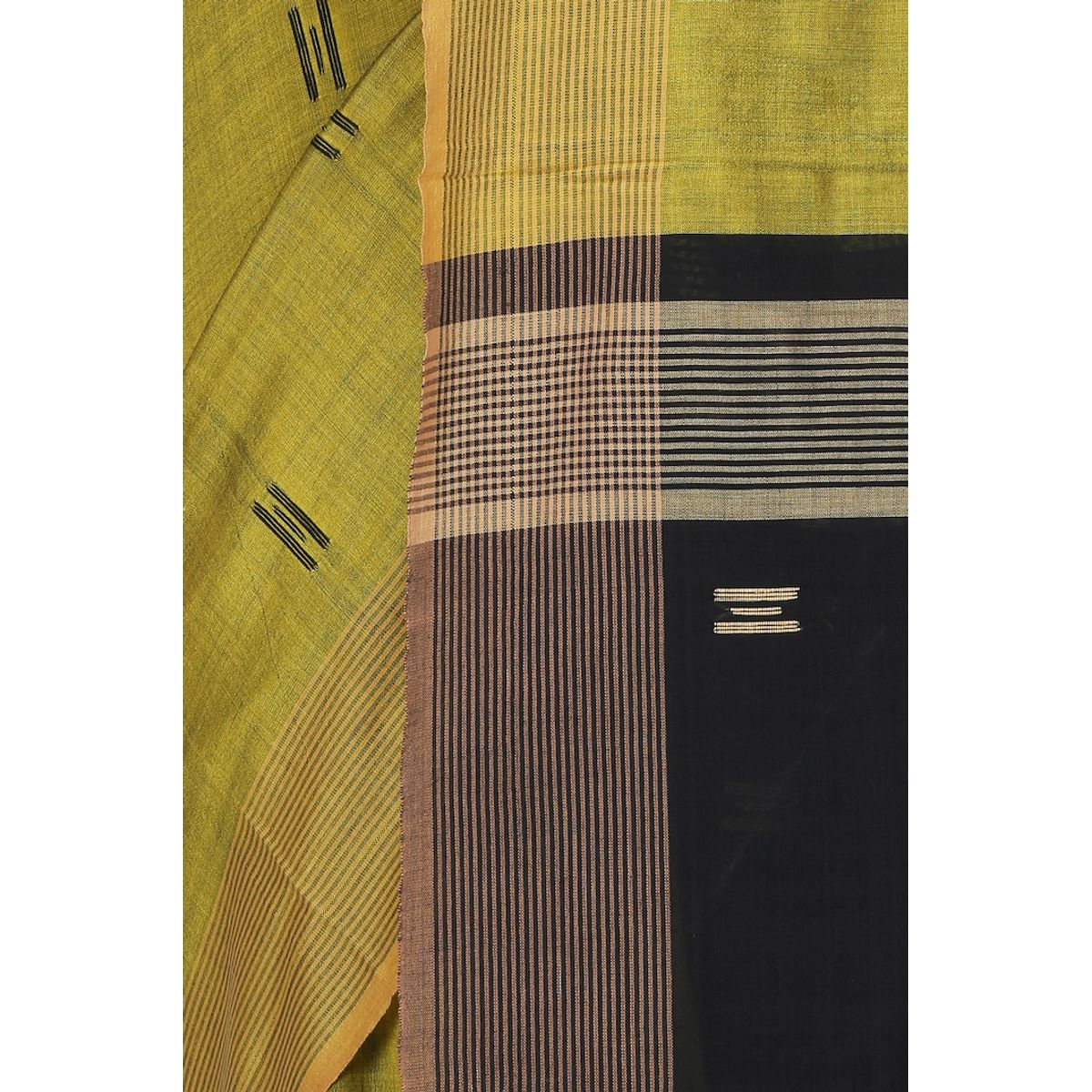 THE WEAVE TRAVELLER HANDLOOM MUSLIN COTTON KHADI SAREE WITH BLOUSE