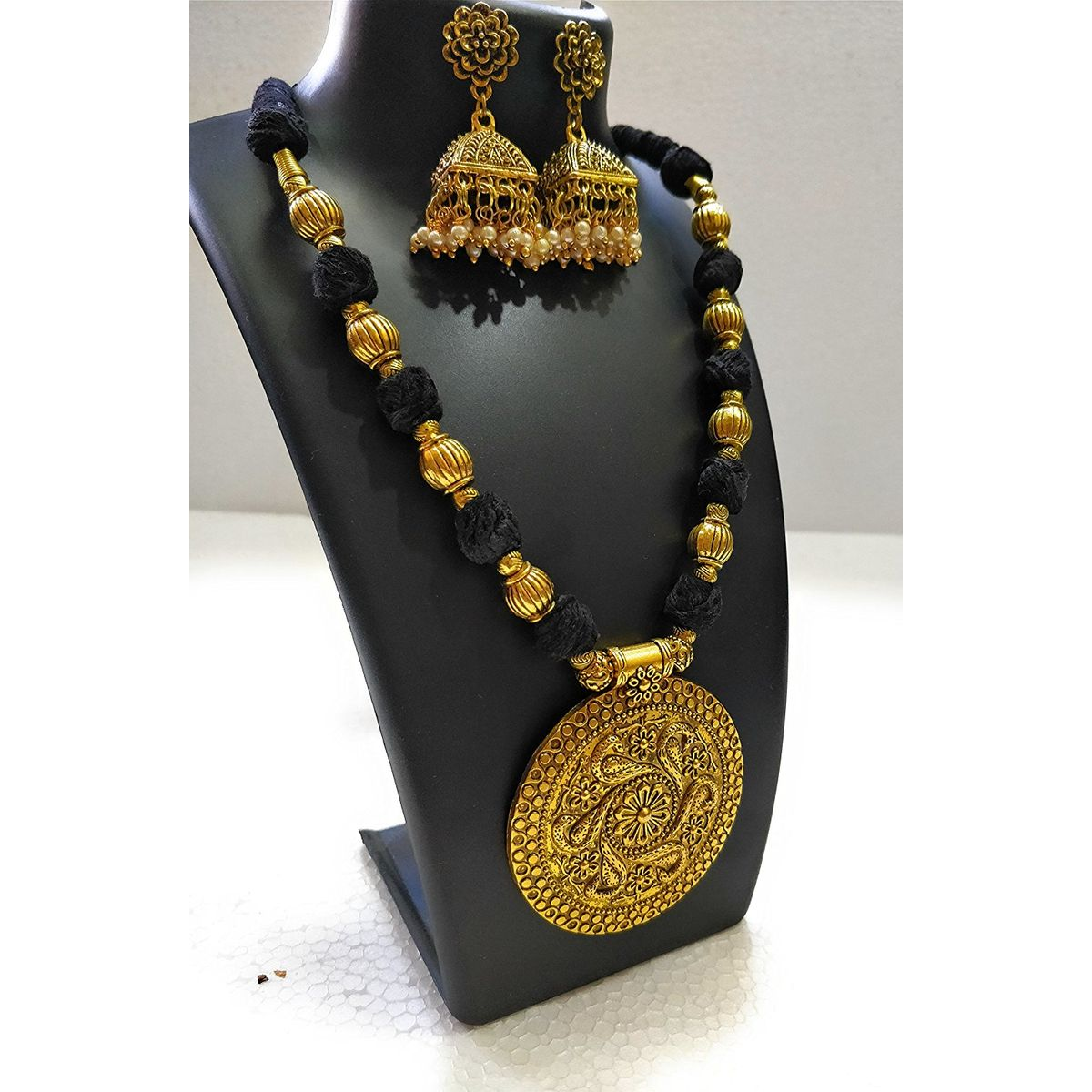 Shreevari Exclusive Gold Plated Traditional Kathyawadi Necklace Set for women  Jewellery Set with Earrings for Girls and Women