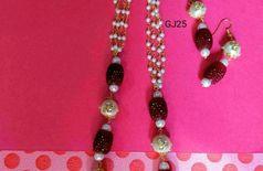 Stone kundan mala with earrings
