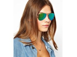 green-mirror-aviators-1526312103