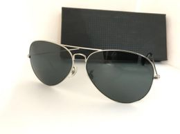 Gold and black aviators stylish sunglasses for men 04273