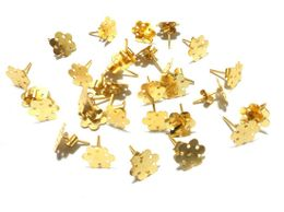 jewellery-making-gold-flower-stud-1504800909