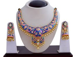 Traditional meenakari gold plated kundan pearl hasli necklace earring set for wedding jewellery 04