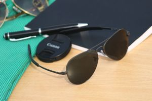 black and black stylish sunglasses 01061