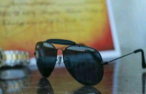 black and black stylish sunglasses 01352
