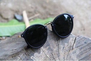 black and black stylish sunglasses 01484