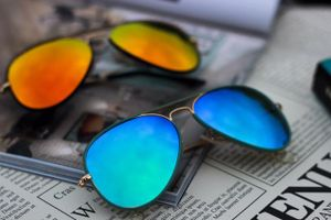 blue and sky blue sunglasses with free gift 01988
