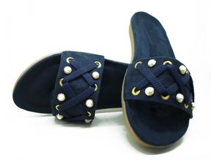Hie n Buy Brand New Fashion Slider Slipper for Girls
