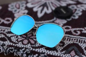 Silver and blue new stylish sunglasses 3114
