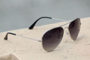 Silver and black new stylish sunglasses 3223