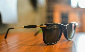 Black and gold stylish sunglasses 1212