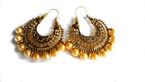 Pearl Antique Gold Earrings