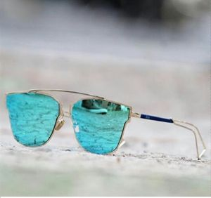 Stylish Looking Silver Blue Aviator Sunglasses For Men