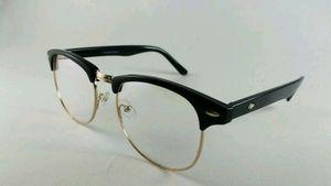 Stylish sunglasses - For Men & Women 3016