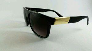 Designer Sunglasses - For Men & Women 16372