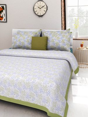 Priyansh Double bedsheets with two pillow cover in printed PR-289