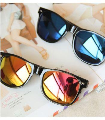 New Wayfarer Sunglasses Combo Pack Of 2 Pcs. Goggles