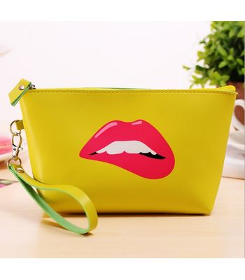 Cosmetic pouche lime yellow