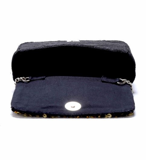 Diwaah Hand crafted embroiderd box clutch