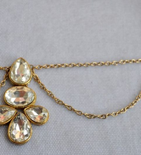 Kundan Pearl Oval Tikka Boota Headchain Matha patti hair jewelry