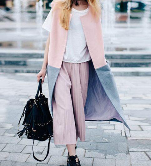 Stylish Wool Sleeveless Longline Jacket in Color Block