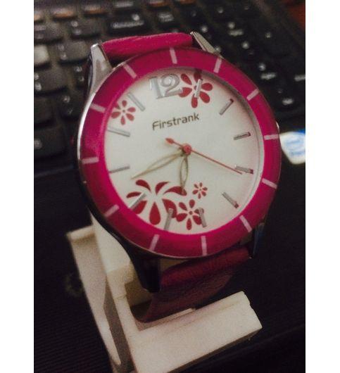 New Latest Women Pink Watch