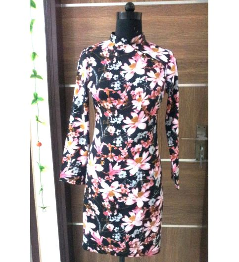 SDRF009-Saieraa Floral Print Crepe Bodycon Dress
