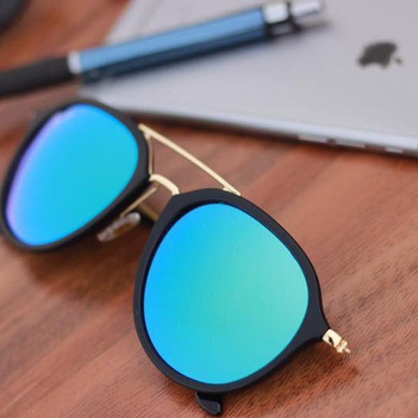 Stylish looking Sky Blue And Black  Sunglasses for men