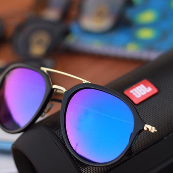 Stylish looking Purple And Black  Sunglasses for men
