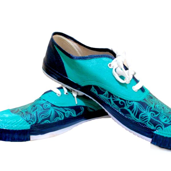 Seagreen- Eternal tug of war -hand-painted shoes